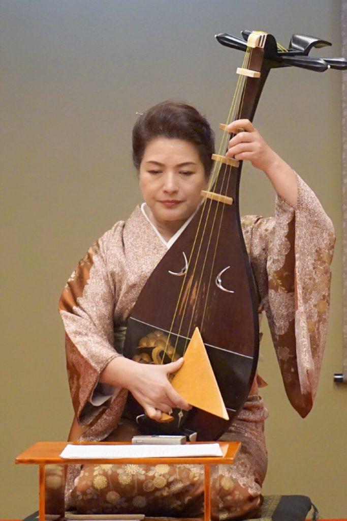 シリーズ和装の人たちシーズン2 琵琶演奏者「黒田 月水」2